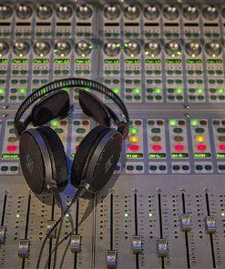 Audio-Technica-ATH-R70x-studio